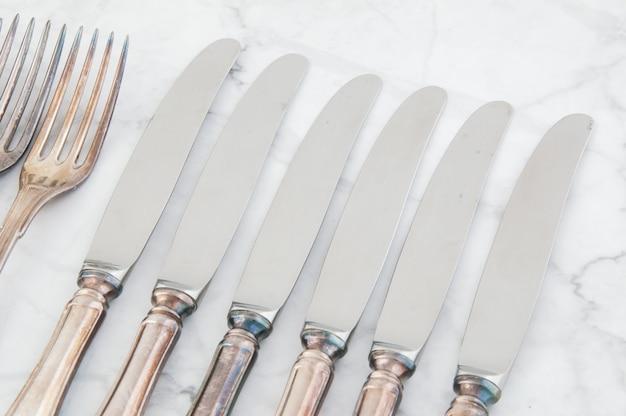 Garfos e facas vintage