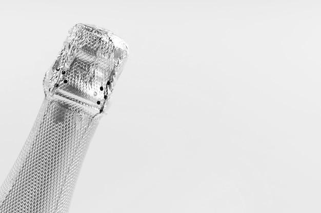 Garganta de vidro de close-up com espaço de cópia