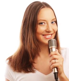 Garota cantora feliz