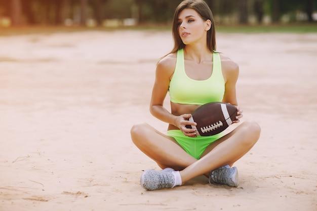 Garota esportiva bonita