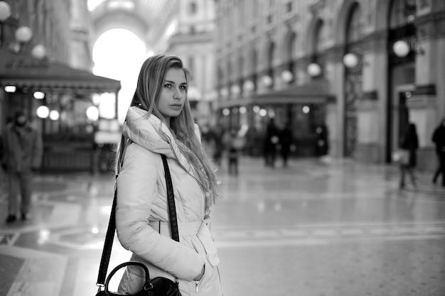 Garota na cidade