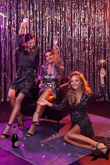 Garotas em uma festa