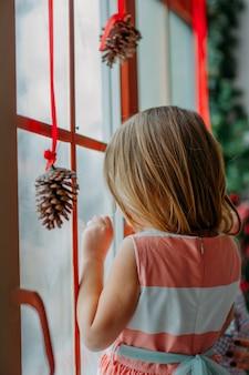 Garoto de decoração de natal