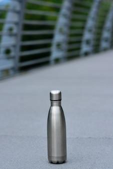 Garrafa de água reutilizável de aço inoxidável