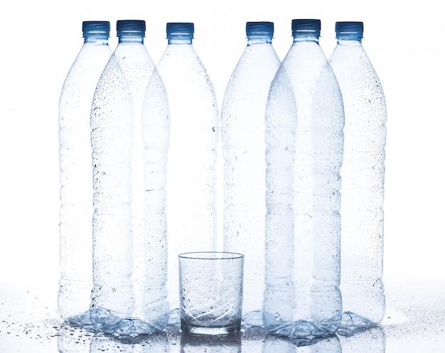 Garrafa de água vazia