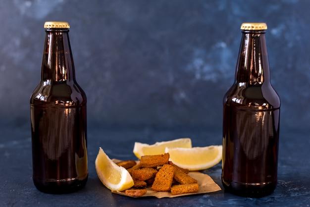 Garrafa de cerveja kraft gelada
