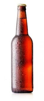 Garrafa de cerveja marrom com gotas