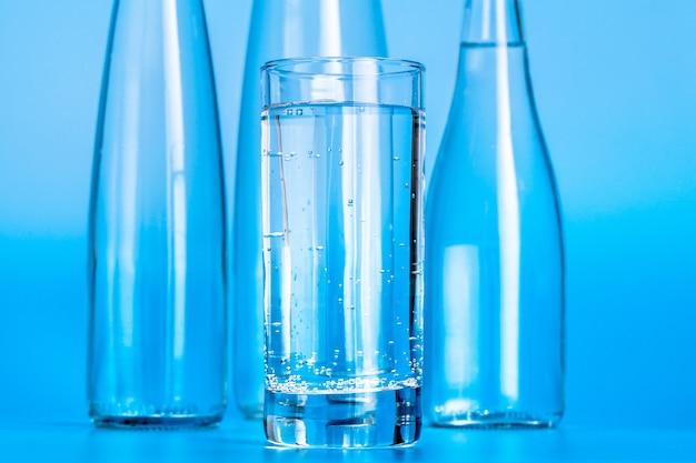 Garrafas de água de vidro