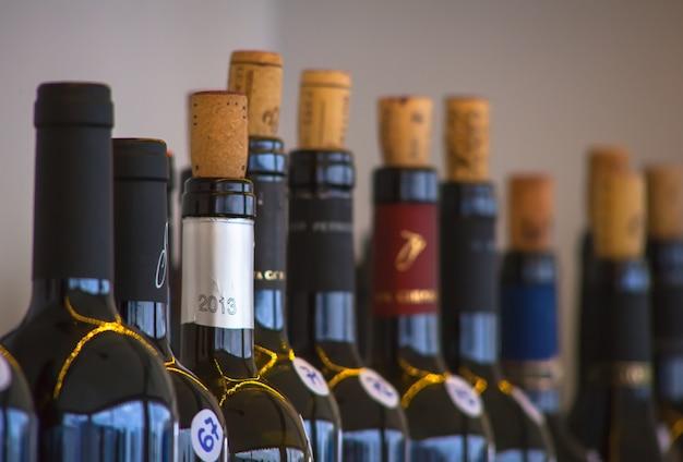 Garrafas de vinho