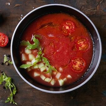 Gaspacho de melancia e tomate