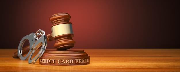Gavel and word fraude de cartão de crédito no bloco de som
