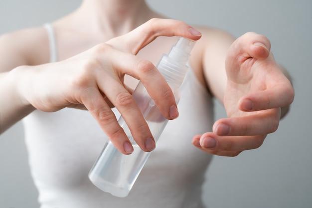 Gel desinfetante para as mãos contra coronavírus