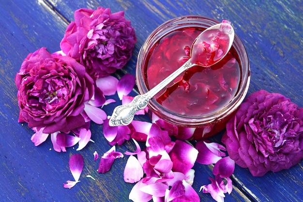 Geléia de pétalas de rosa