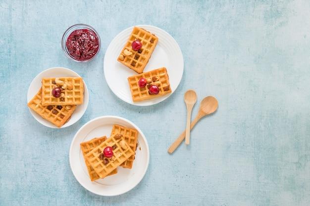 Geléia e waffles