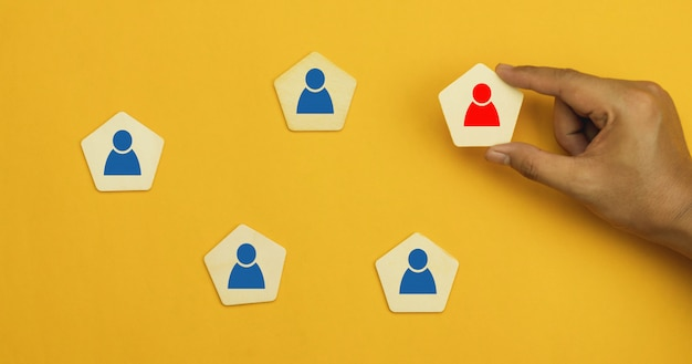 Gestão de recursos humanos e recrutamento de uma equipe mais forte