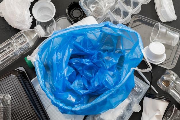 Gestão e eliminação de resíduos. problema de ecologia