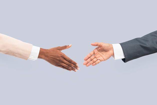Gesto de mão de aperto de mão de acordo comercial