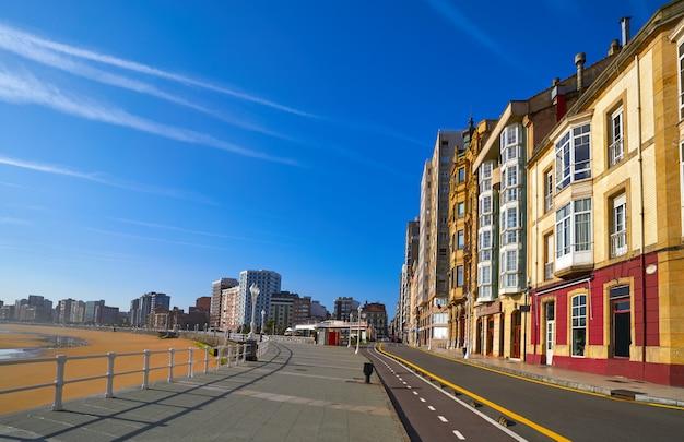 Gijón playa san lorenzo astúrias espanha