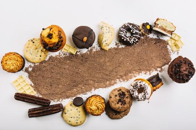 Gotas de chocolate entre doces