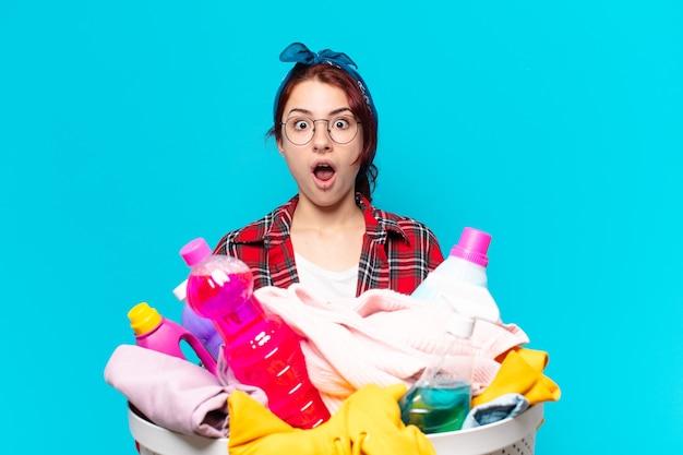 Governanta tty a lavar roupa