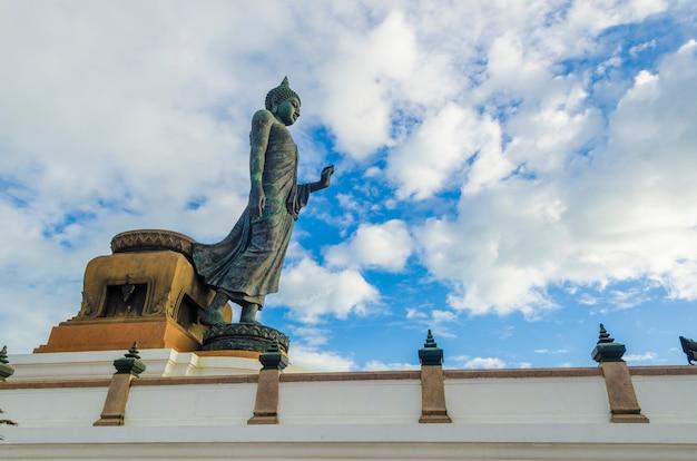 Grande, buddha, estátua, em, phutthamonthon, província, nakhon pathom, tailandia