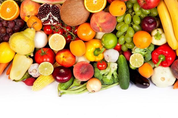 Grande grupo de frutas e vegetais frescos
