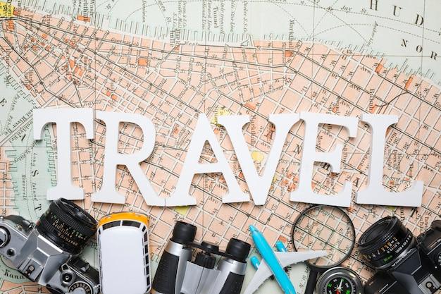 Grande palavra sobre elementos de viagem