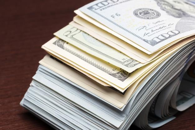 Grande quantidade de dinheiro