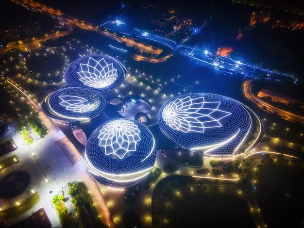 Grande teatro nanjing jiangsu à noite