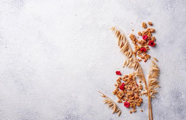 Granola caseira com frutos secos