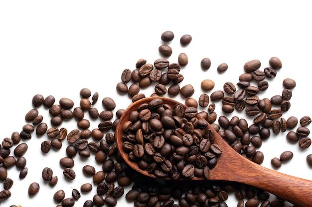 Grão de café em branco