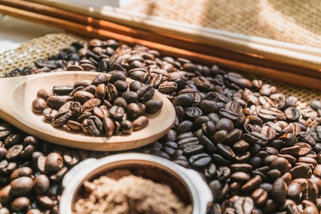 Grãos de café no saco