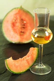 Grappa aromatizado com melão