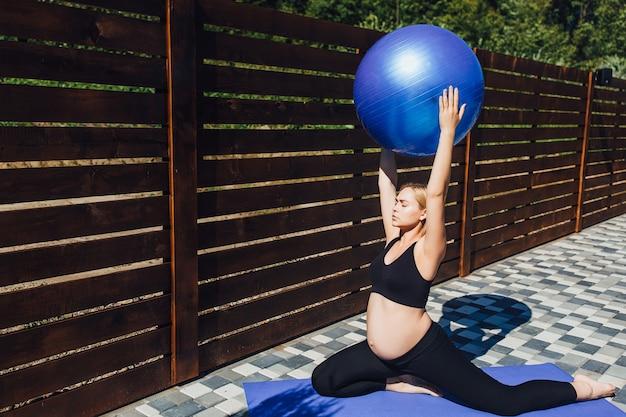Grávida de ioga