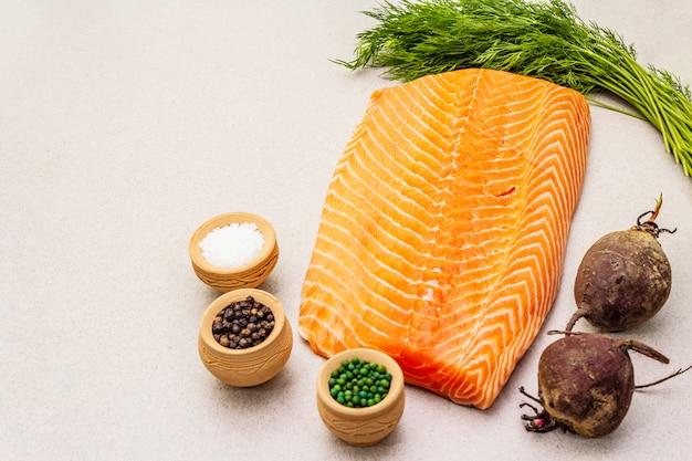 Gravlax, salmão escandinavo tradicional