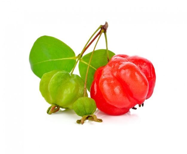 Groselha da estrela no branco. fruta tailandesa