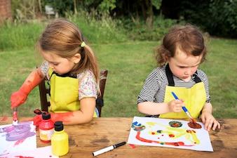 Grupo crianças, desfrutando, artworks