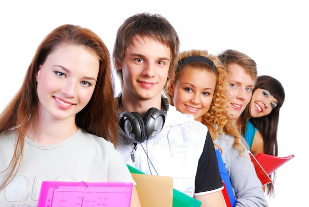 Grupo de alunos alinhado para um retrato.