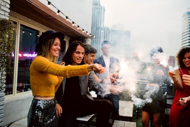 Grupo de amigos, uma festa
