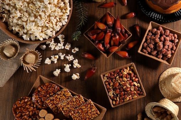Grupo de comida da festa junina, uma típica festa brasileira