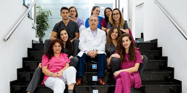Grupo de equipe de hospital de clínica de saúde