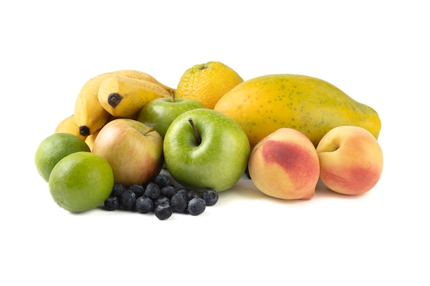 Grupo de frutas isoladas