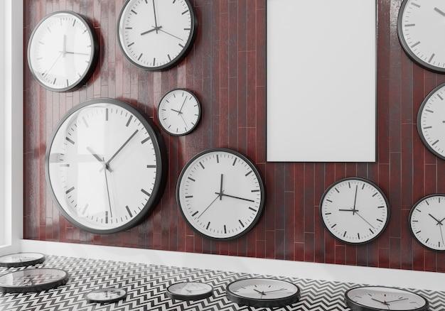 Grupo de relógios de parede em uma parede de madeira com maquete de tela ahtela
