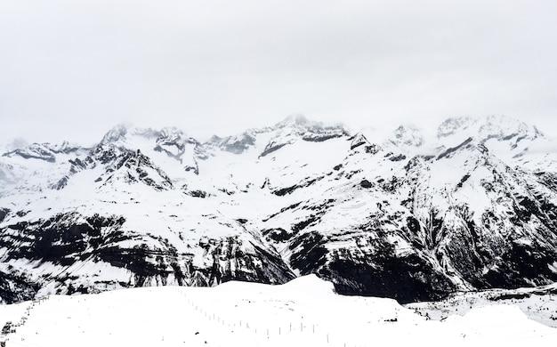 Grupo, nebuloso, alpino, montanhas, ao redor, mt.gornergrat