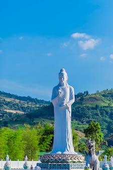 Guanyin no templo.