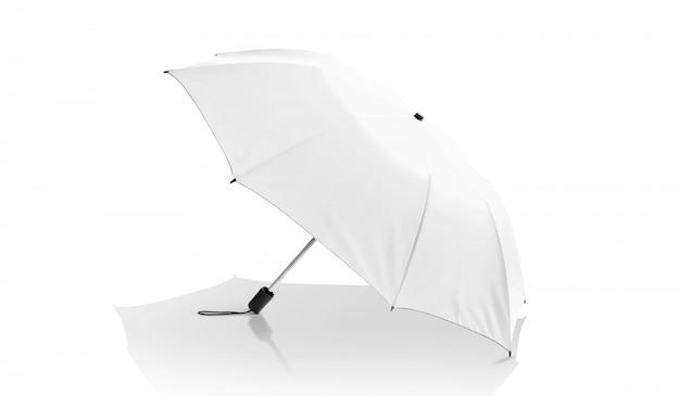 Guarda-chuva branca isolada no branco