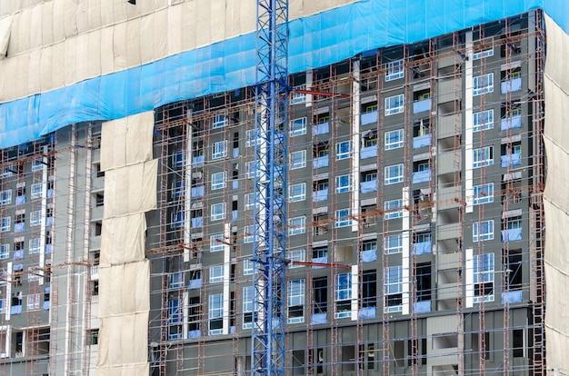 Guindaste e construção civil