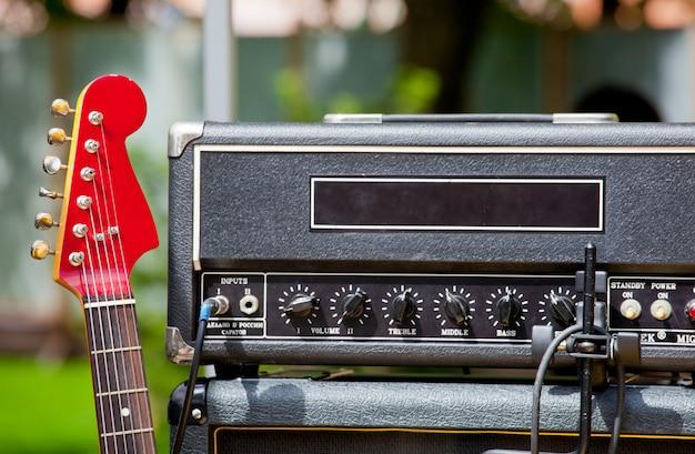 Guitarra e instrumentos musicais