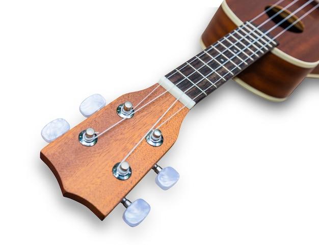Guitarra havaiana ukulele isolada no branco