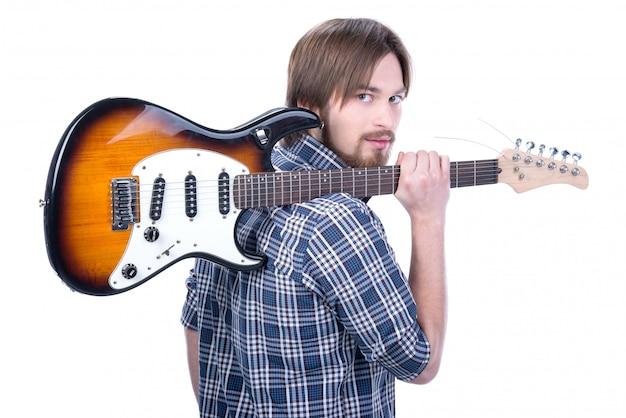 Guitarrista toca na guitarra elétrica
